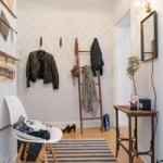 Прихожа в скандинавському стилі — простота і практичність