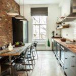 Кухня в стилі лофт в квартирі