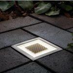 Светильник на солнечных батареях уличный