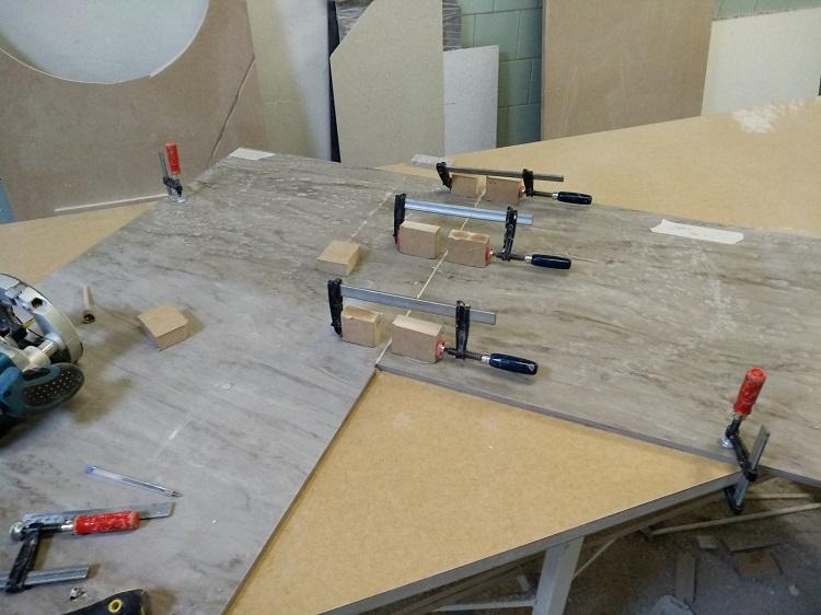 монтаж кухонной столешницы